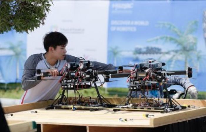 تحدي محمد بن زايد العالمي للروبوت 2020 يضم 30 فريقاً للمنافسة