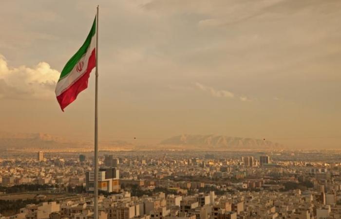 """أمين عام """"الحزب"""" يزور إيران سرًا"""