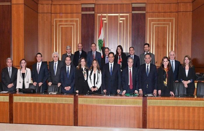 لبنان: انتحار المعارضة