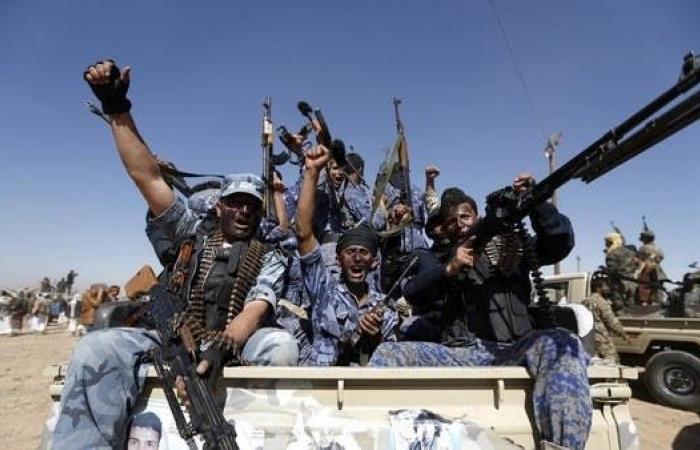 اليمن | اليمن.. مقتل 21 بينهم حارسين شخصيين لزعيم الحوثيين