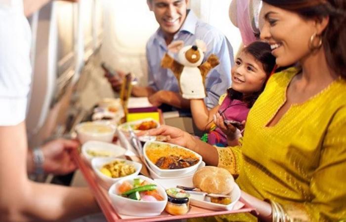 للمسافرين.. وجبات تحوّل رحلتكم جحيماً وأخرى تسعدكم