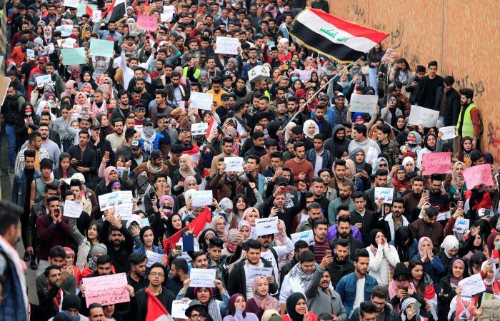العراق | حكومة علاوي تنتظر مصيرها.. وكتلة الصدر: ستنال الثقة