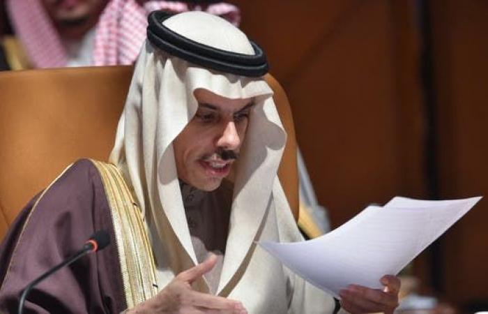 السعودية   وزير الخارجية السعودي: يجب مواصلة الضغط على إيران لوقف تدخلاتها بالمنطقة