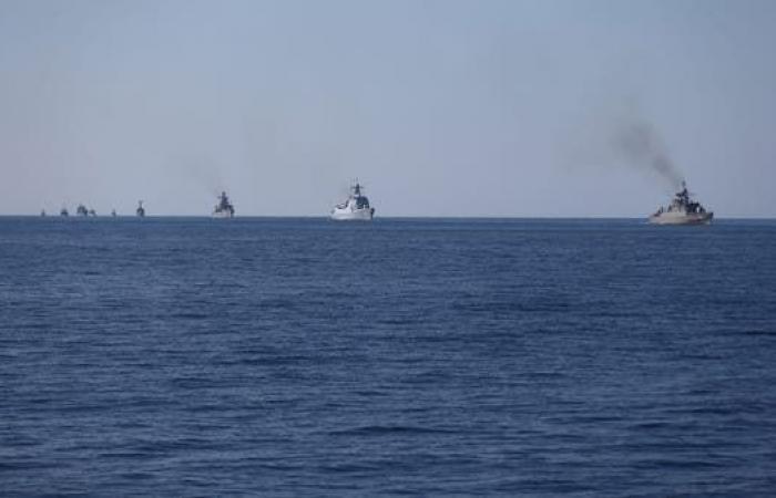 إيران | إيران تحتجز سفينة أجنبية في خليج عمان