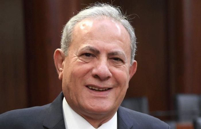 حميد: اعطوا هذه الحكومة الوقت!