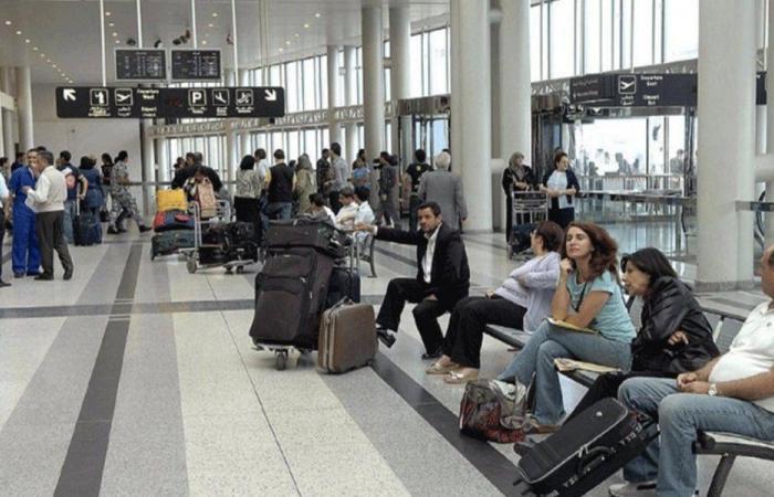 الطائرة الايطالية في بيروت… وفريق طبي يعاين الركاب