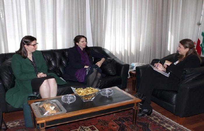 نجم بحثت التعاون القضائي مع سفيري أوستراليا والمكسيك