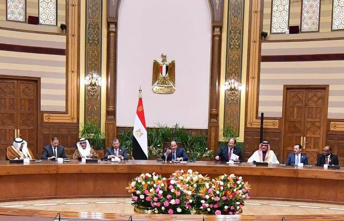 مصر تكشف تفاصيل لقاء السيسي برؤساء المخابرات العرب