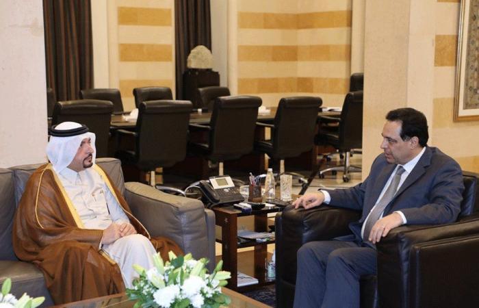 دياب عرض الأوضاع مع سفير قطر