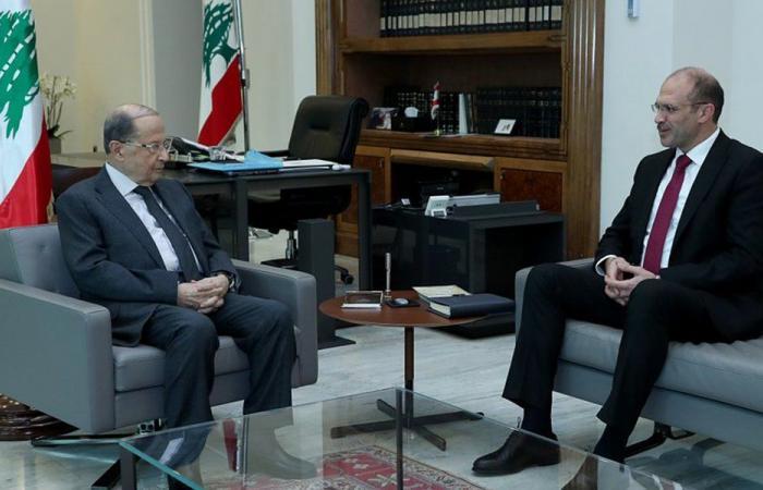 """وزير الصحة للبنانيين عن """"كورونا"""": الهلع الهستيري غير مقبول"""