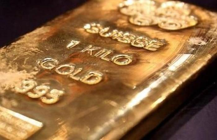 الذهب يرتفع مع تسبب تحذير أميركي في تنامي المخاوف من كورونا