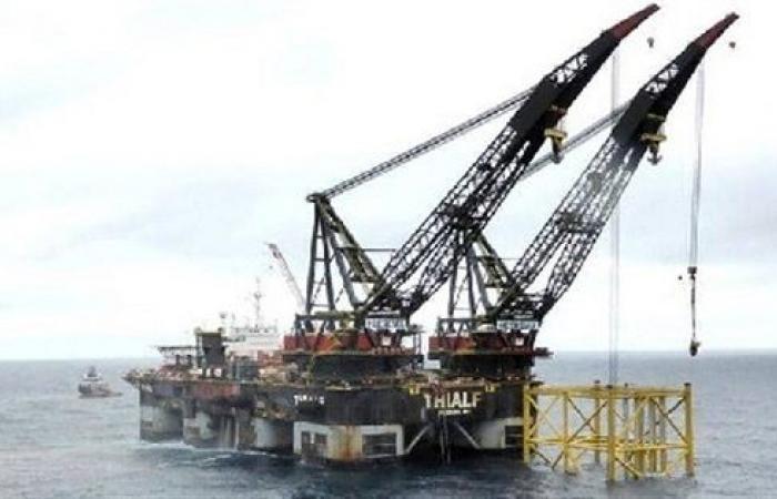 النفط إلى أكبر انخفاض أسبوعي في 4 أعوام