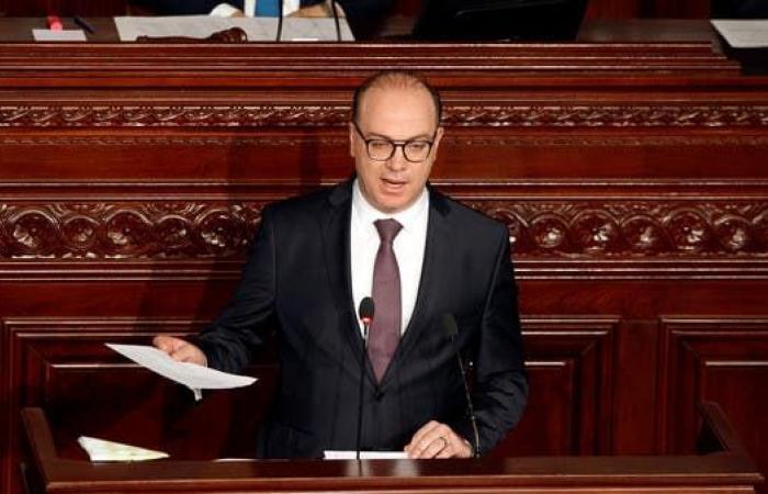 الفخفاخ يتسلم المسؤولية: تغيير الحكومات المتكرر أرهق تونس