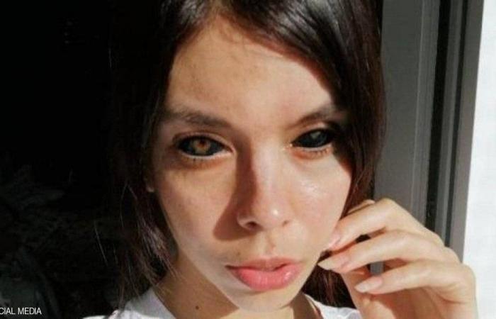 قررت وضع وشم داخل بياض عينيها.. والنتيجة كانت كارثية