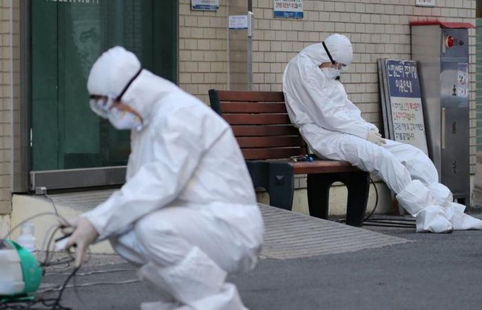 """المواطن متروك أمام """"كورونا"""" بأنواعها!"""