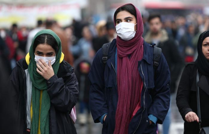 إيران   كورونا يصيب إيران في مقتل.. إصابة رئيس الطوارئ الطبية