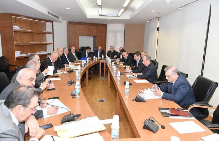 لجنة الاشغال تابعت البحث في موضوع الكهرباء واستمعت الى وزير الطاقة