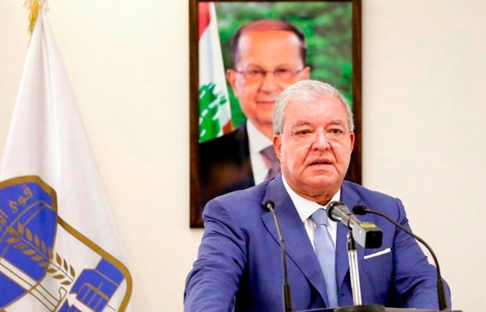 المشنوق: الحصار لن يفك إلا بوضع السلاح تحت إمرة الدولة