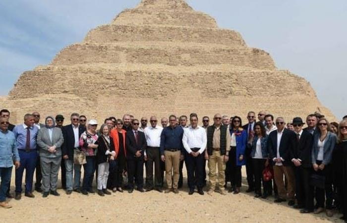 مصر | العناني: رممنا هرم زوسر أقدم مبنى حجري بتاريخ البشرية