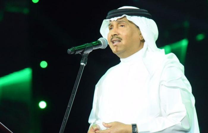شاعر سعودي يعاتب محمد عبده.. وهذا ما قاله عن عبدالله الرويشد!