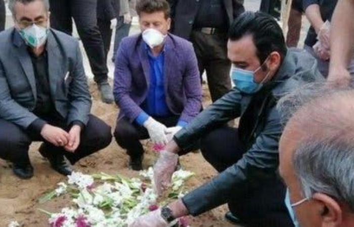 إيران | متحدث وزارة الصحة الإيرانية يثير جدلا.. صورة ورطته