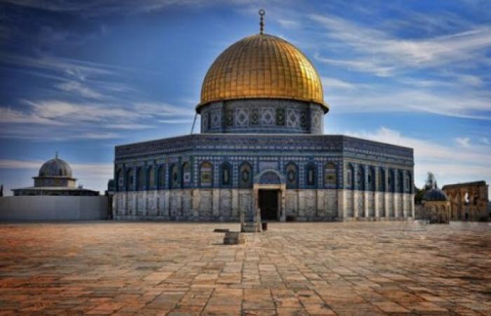فلسطين | حظر الصلاة في المسجد الأقصى حمايةً لأرواح الناس