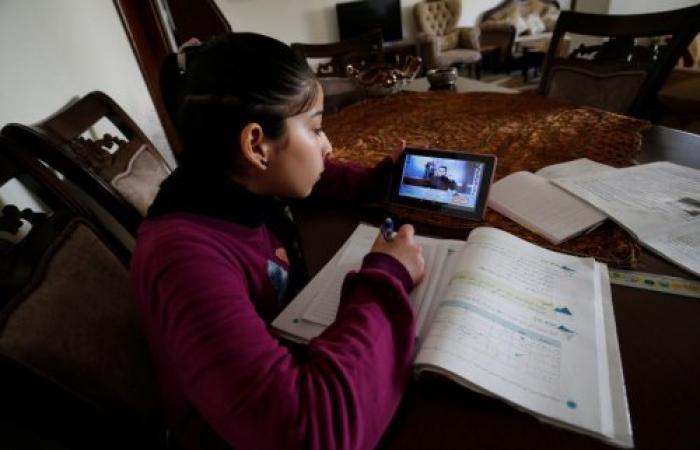 فلسطين | فلسطين تتجه نحو خيار التعليم عن بُعد