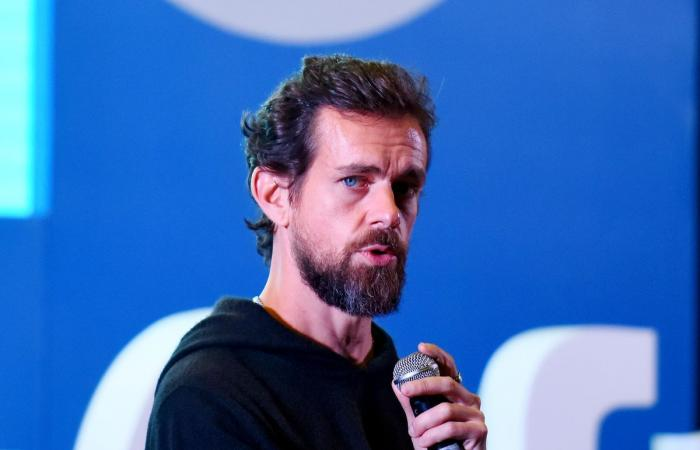 """مليار دولار من مؤسس """"تويتر"""" لمكافحة كورونا!"""