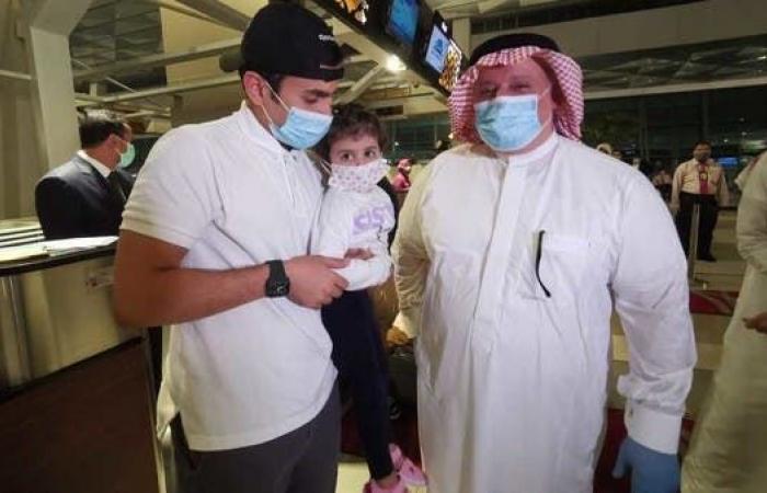 السعودية | سفير السعودية يكشف للعربية.نت تفاصيل رحلة العائدين من جاكرتا