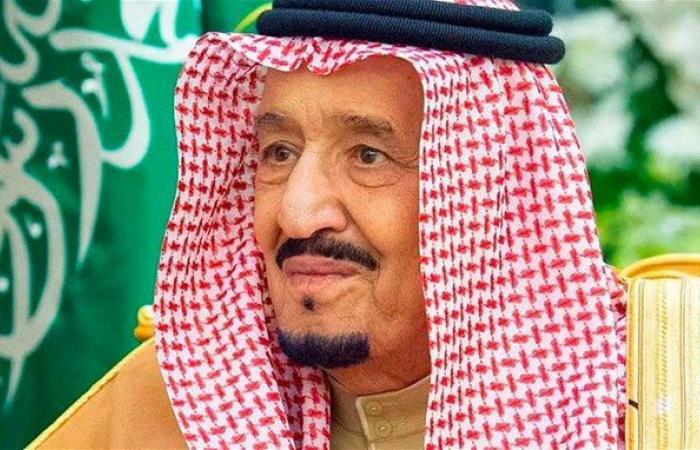 العاهل السعودي يبحث مع ترامب وبوتين أهمية التعاون بين الدول المنتجة للنفط