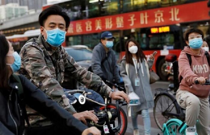 كبير مختصي الأوبئة في الصين يحدد موعد ذروة وباء كورونا عالميا