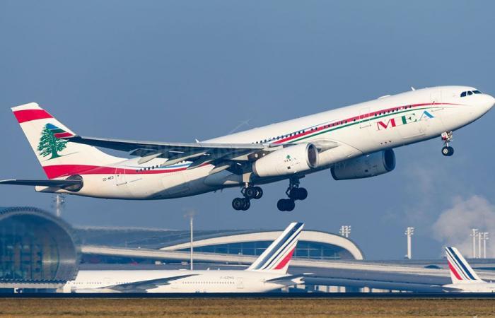طائرة الميدل ايست انطلقت من بيروت الى جدة