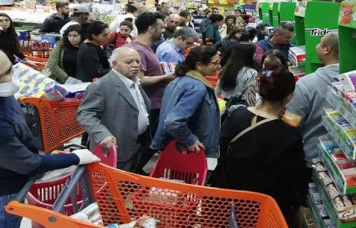 """المواد الغذائية في مهبّ """"كورونا"""" ونقص الدولار"""
