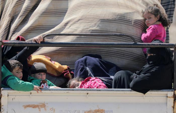 سوريا | رعب القذائف ولا شبح كورونا.. نازحون يعودون إلى إدلب