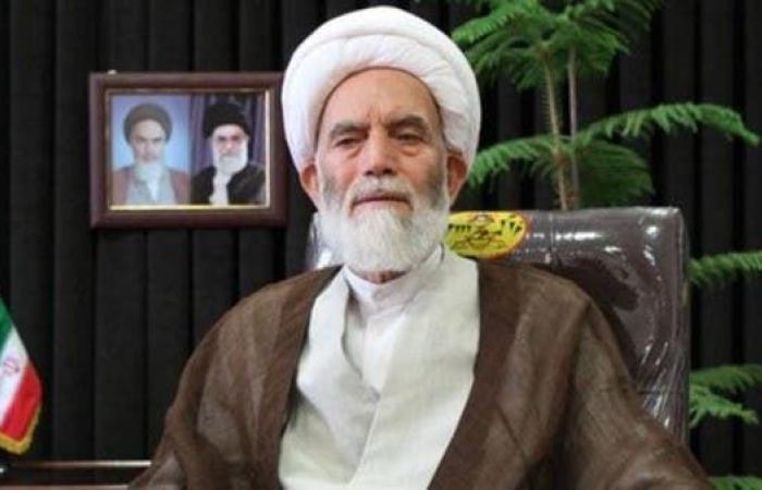 إيران | ممثل لخامنئي يهاجم الأطباء ويتهمهم بدعم سوق الأدوية للأعداء