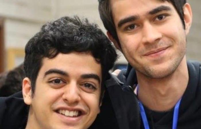 """إيران   طالب بقبضة الحرس الثوري.. وأخوه """"آمل ألا يجعلوه ينتحر"""""""