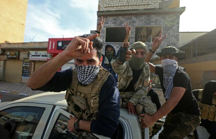 سوريا | الخلاف يشق صفوف فصيل سوري موالٍ لتركيا.. وانشقاق 700