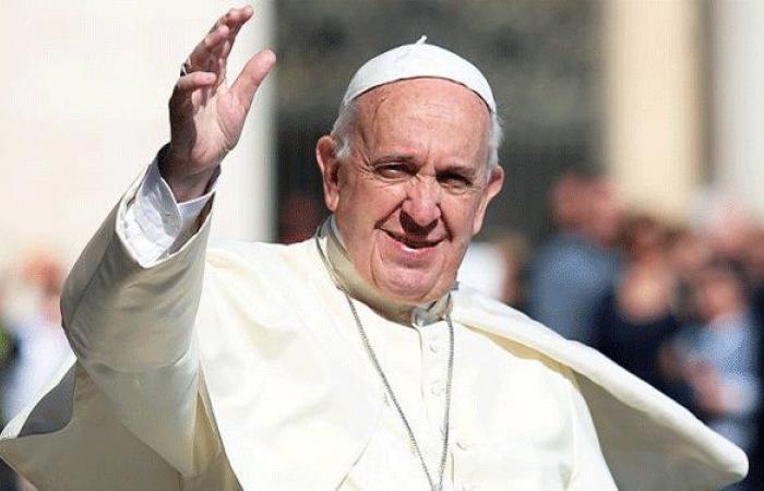 البابا فرنسيس يقدم للبنان 200 ألف دولار: الأزمة خطيرة في بلد الأرز