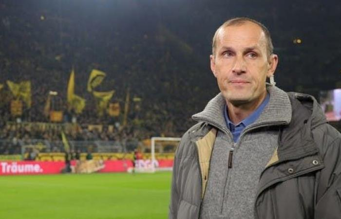 """""""معجون أسنان"""" يحرم مدرب أوغسبورغ الألماني من قيادة فريقه"""