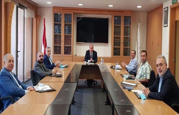 المجلس الاقتصادي يدعو وزير التربية إعادة النظر بقرار إنهاء العام الدراسي