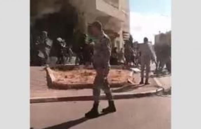 فلسطين | إصابة شابين خلال احتجاجٍ على الإغلاق بالدهيشة والمحافظ يشكل لجنة تحقيق