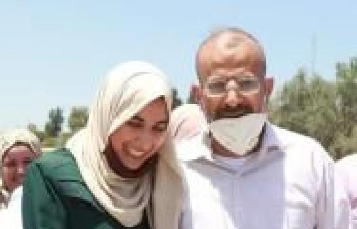 """فلسطين   المحررة الطالبة شذى حسن تسرد لـ""""القدس"""" قصصاً عن واقع الأسيرات ومعاناتهن"""