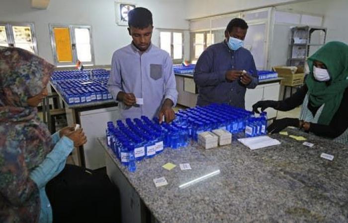 الخليج   156 إصابة جديدة بكورونا في السودان.. و45 حالة شفاء