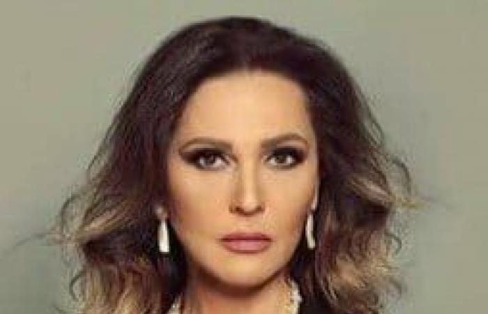 """رلى حمادة: لم أنجذب إلى""""النحات"""" و""""الساحر"""""""