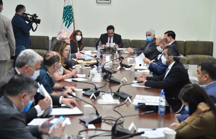 دياب ترأس اللجنة الوزارية لعودة المغتربين