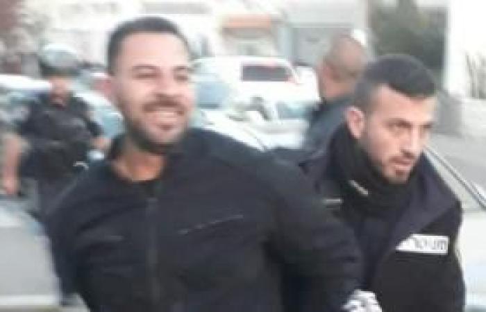 فلسطين | الاحتلال يسلم أمين سر فتح في العيسوية قرارا يمنعه من المشاركة بأي نشاط