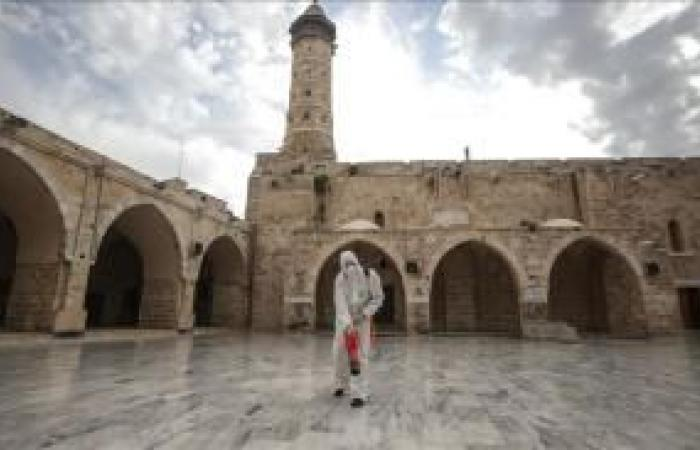 فلسطين | أوقاف غزة تؤكد فتح المساجد لأداء صلاة الجمعة فقط