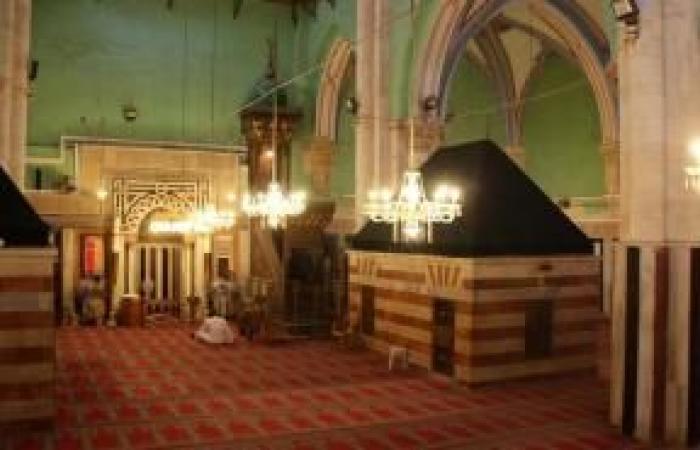فلسطين   الاحتلال يمنع رفع أذان الفجر وأداء الصلاة في الحرم الإبراهيمي