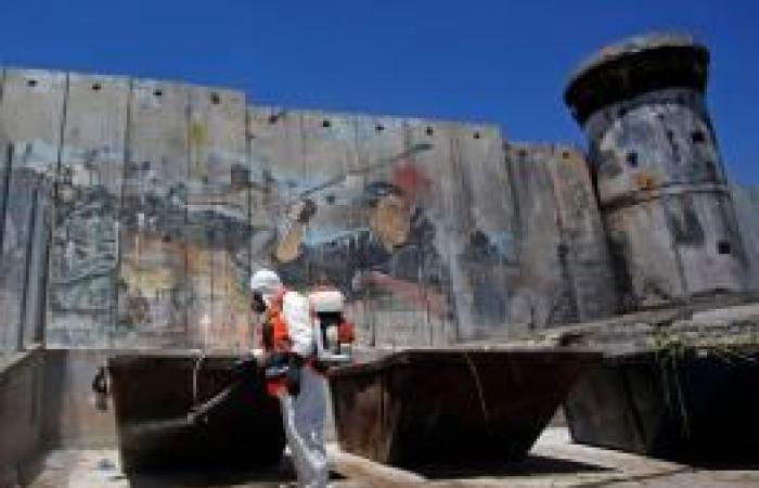 """فلسطين   """"كورونا"""" يربك الشعب الفلسطيني في تفاصيل الحياة اليومية"""