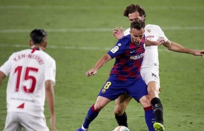 """آرثر """"غاضب"""".. ويرفض ارتداء قميص برشلونة مجدداً"""